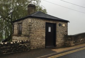 The toll house on Halfpenny Bridge