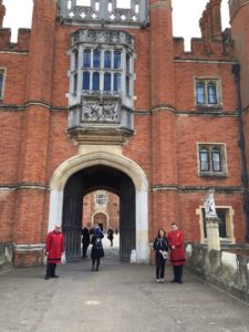 Playing the tourist at Hampton Court Palace